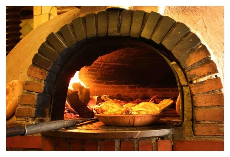 El horno y su calor envolvente - Horno de piedra casero ...